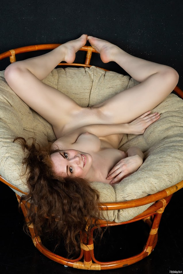 RylskyArt Estelle Faribo II - Girlsdelta