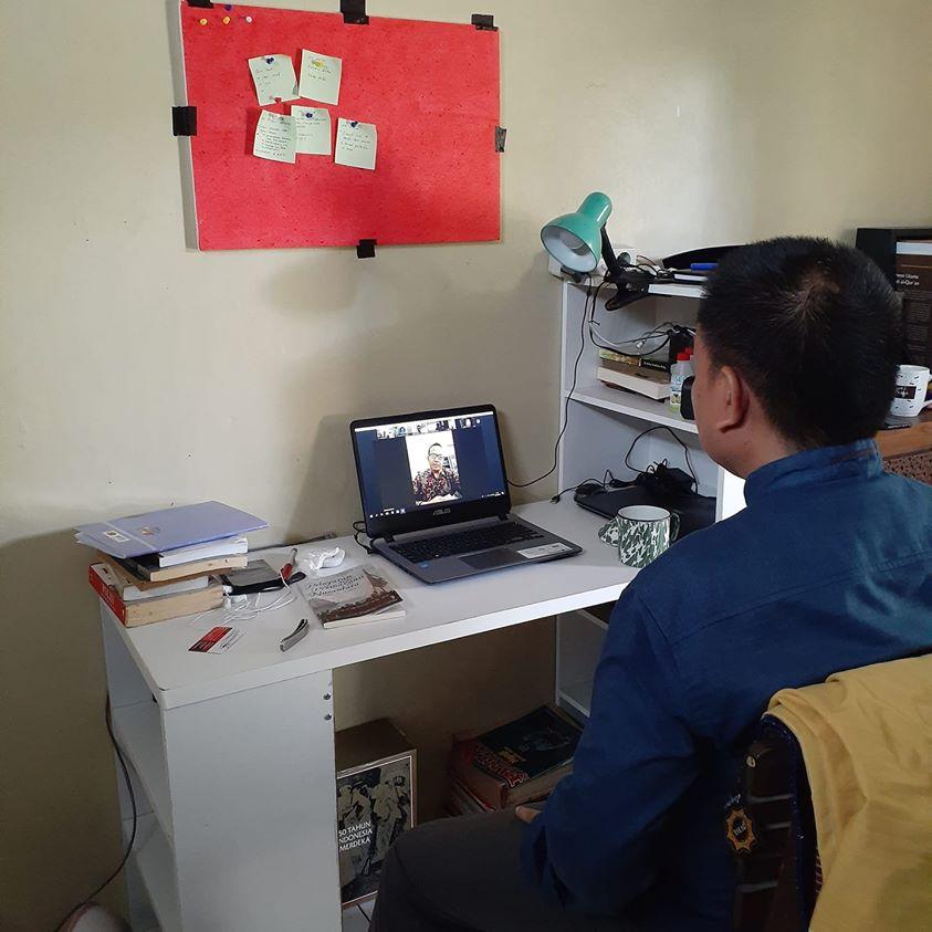 Work From Home (WFH), Nikmatis Saja!