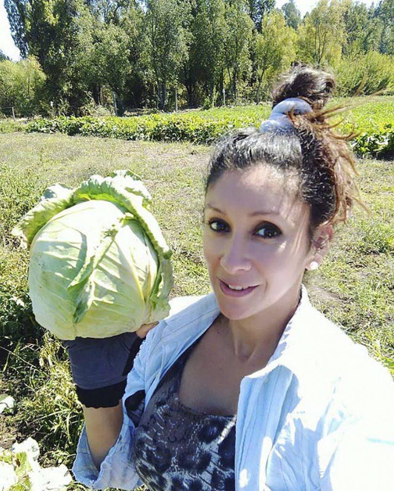 Angélica Sepúlveda y su venta de verduras