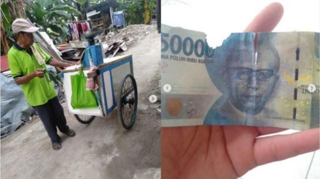 Penjual Tape Tertipu Dapat Uang Palsu, Publik Panggil Nama Baim Wong