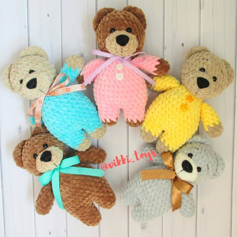 Crochet plush bears amigurumi