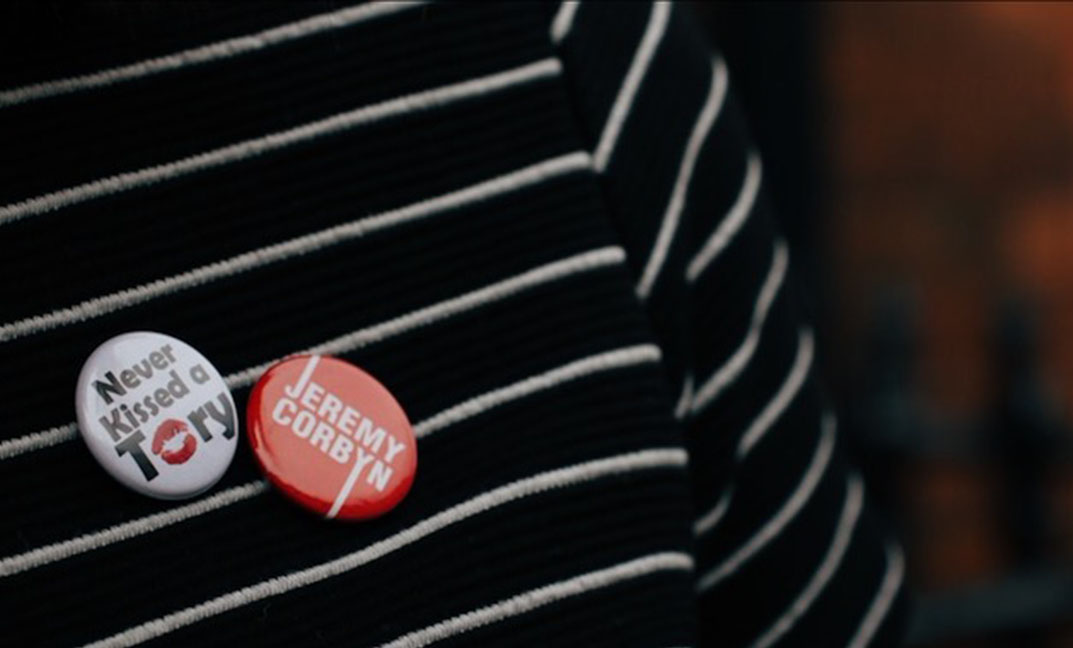 never kissed a tory and jeremy corbyn badges