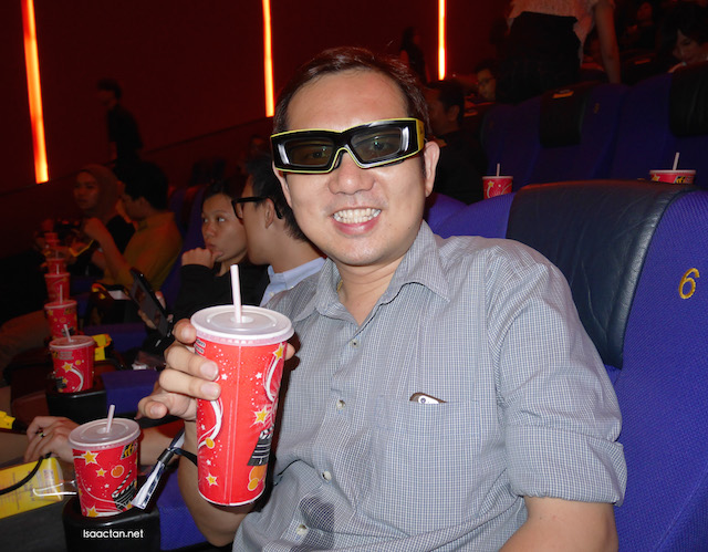 All set to catch Jurassic World in 3D! (don't mind the wet spot, the drink spilt)