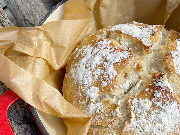 Dutch Oven No Knead Artisan Bread