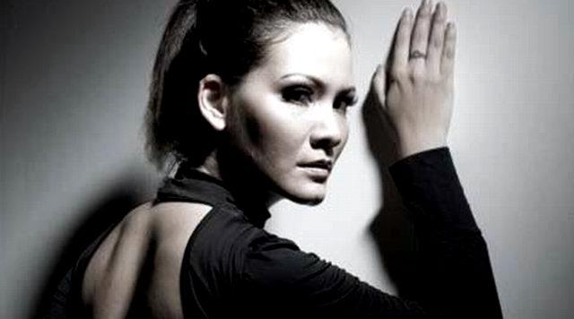 Profil dan Biodata Melanie Subono