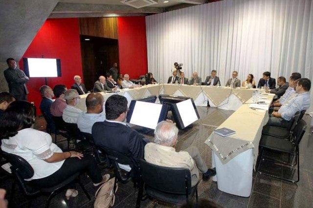 Chapada: Prefeitos da região debatem com governador preservação do rio Utinga