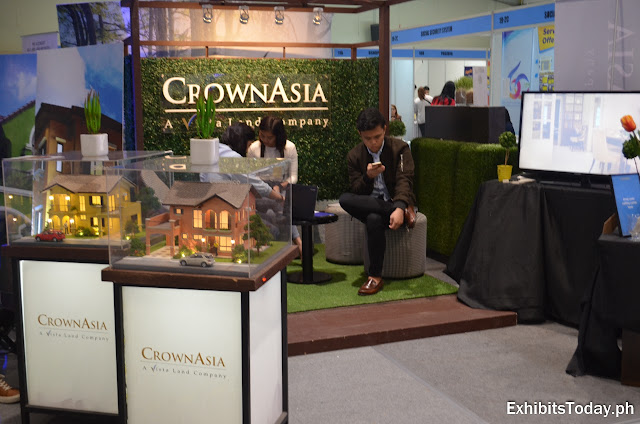 Crown Asia Exhibit Booth