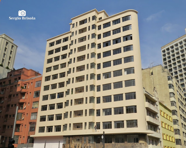 Vista ampla do renovado Edifício Joamar - Centro - São Paulo