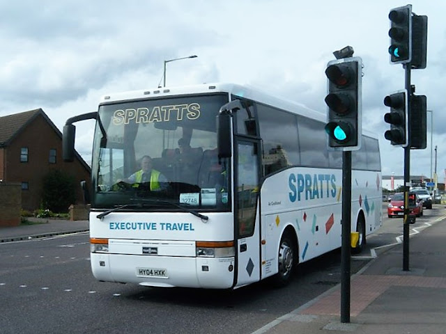 Spratts Coaches' Volvo B10M / VanHool T9 Alizee on Belvedere Road in Lowestoft returning with the 11:00 from Norwich