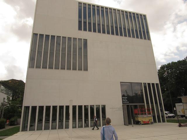 Braunes Haus Casa Parda Centro de Documentação O que ver em Munique Alemanha