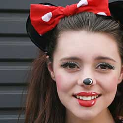Minnie Mouse Cartoon makeup tutorial DIY