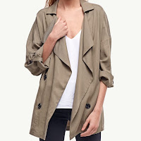 Veste Trench court