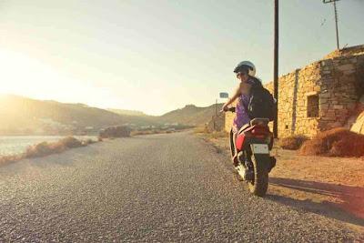 هل يمكن للحامل ركوب الدراجة النارية
