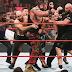 Cobertura: WWE RAW 07/10/19 - Chaotic brawl erupts between Braun Strowman and Tyson Fury