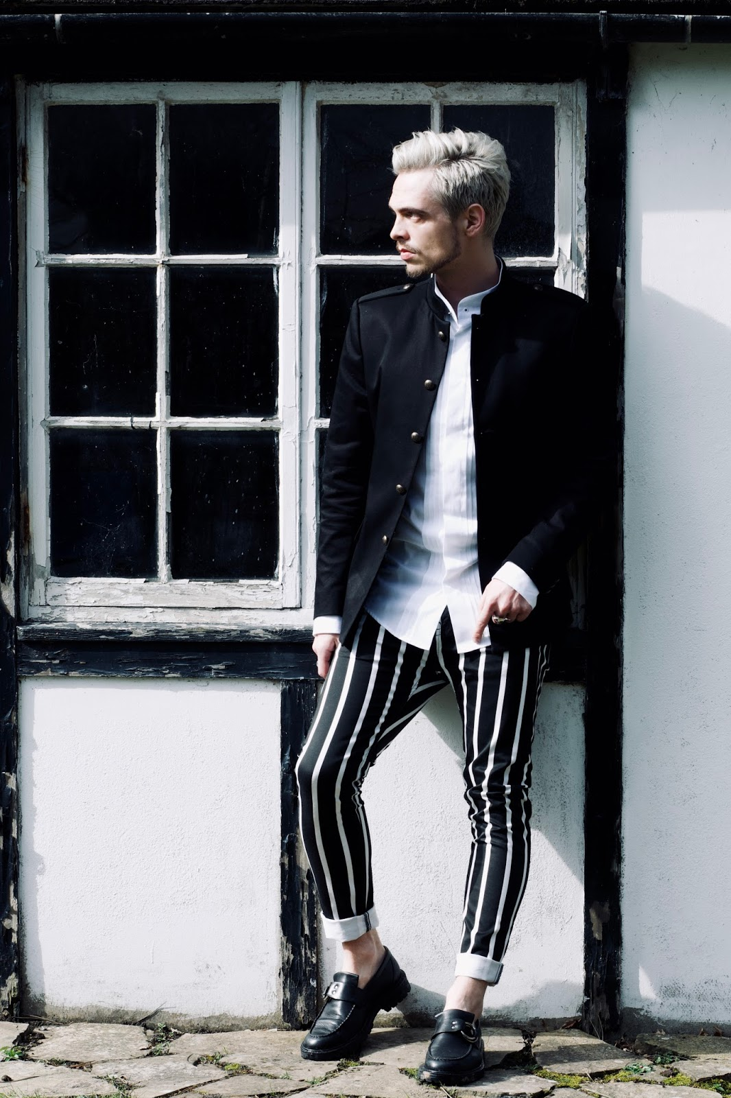 MENS STYLE VERTICAL STRIPES