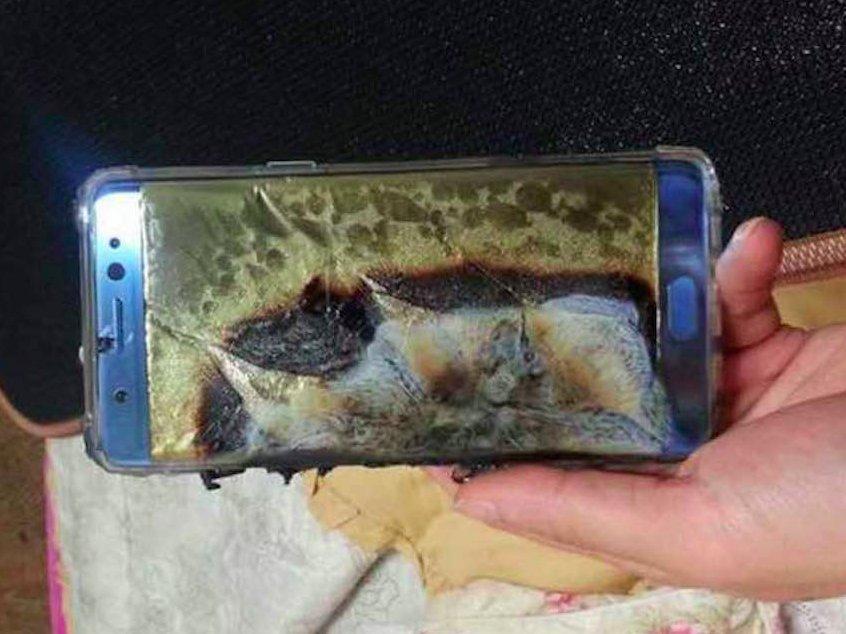 Samsung Galaxy Note 7 explodes in little boy's hand