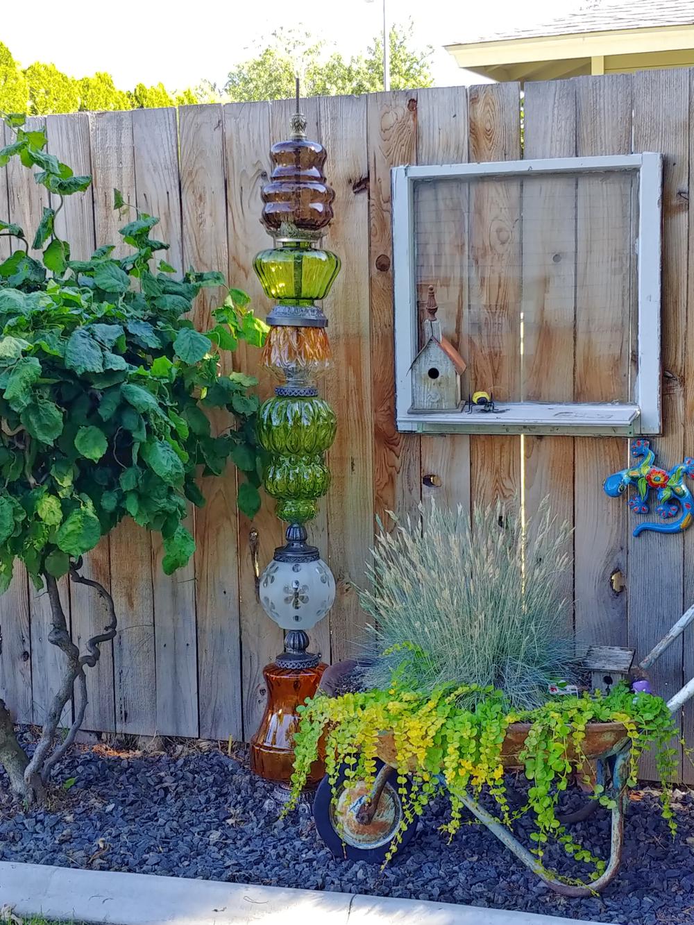 garden art totem pole