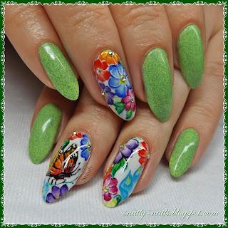 http://snaily-nails.blogspot.com/2017/05/wiosenna-aka.html