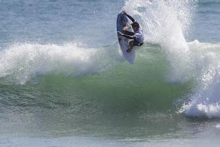 45 Brett Simpson Hurley Pro at Trestles foto WSL Sean Rowland