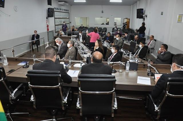Anápolis: Câmara estende restrições de atendimento e suspensão de atividades