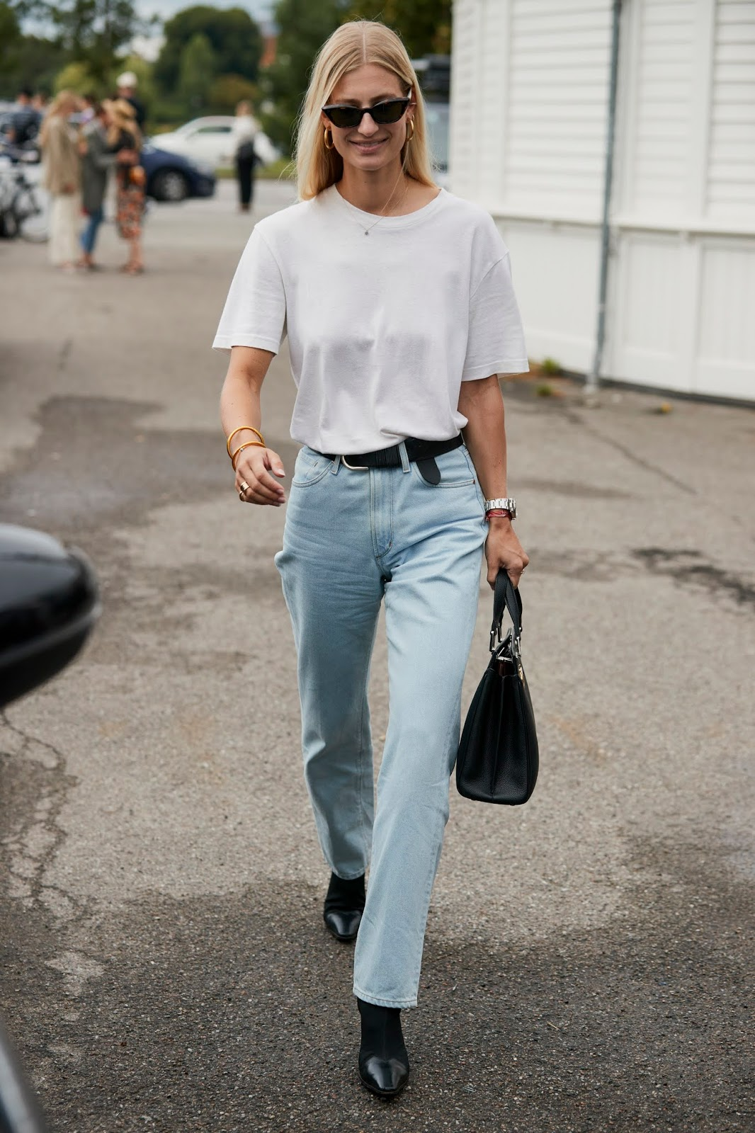 25 Best White Shirts — Street Style Outfit Inspiration