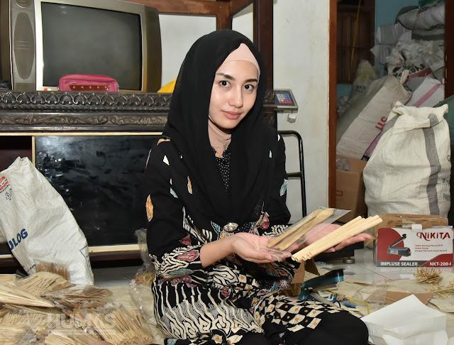 Terinspirasi Pengerajin Bambu, Novita Hardini Ingin PKK Ikut Mengkampanyekan Bambu Untuk Menjaga Alam dan Sumber Penghidupan