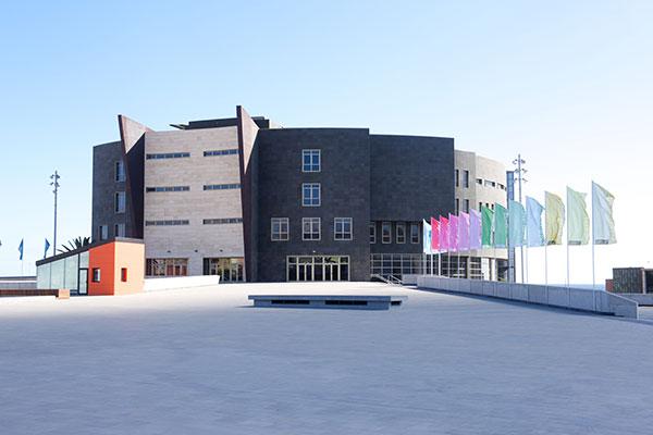El Centro Bibliotecario Insular albergará fondos bibliográficos del Colegio Oficial de Arquitectos de Fuerteventura