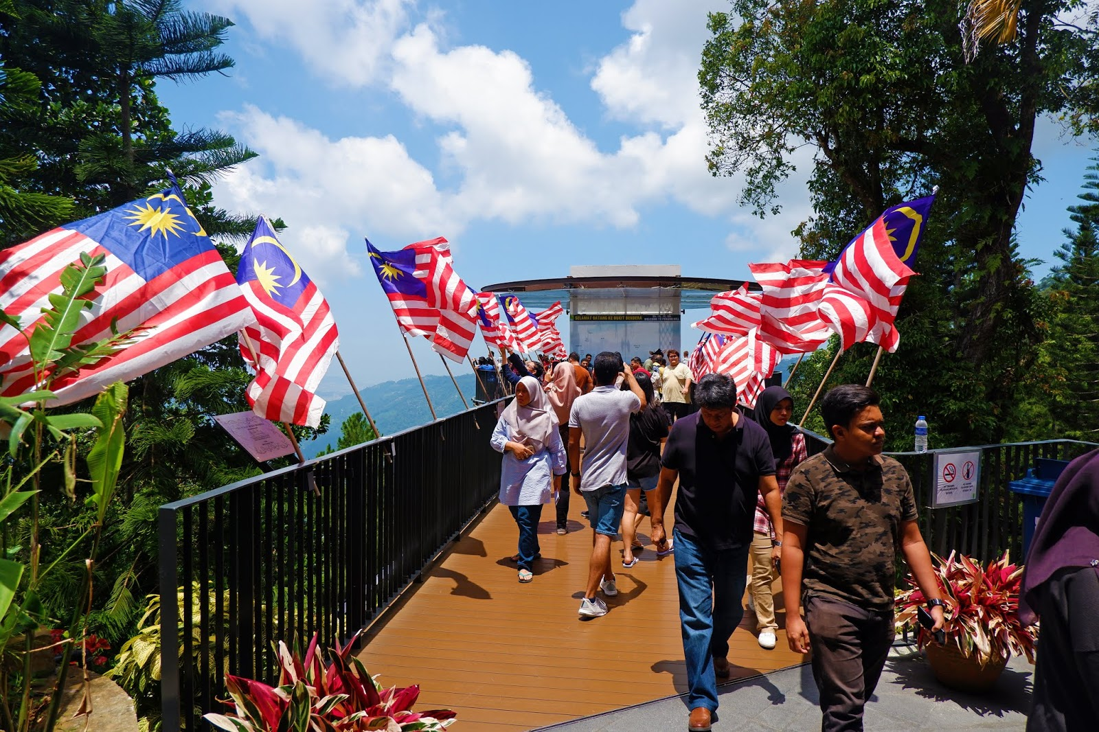 penang hill skywalk