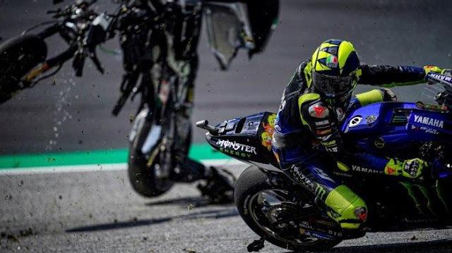 Valentino Rossi Beruntung Selamat Dari Kecelakaan Hebat di GP Austria 2020