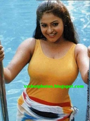 Mantra Tamil Actress Hot