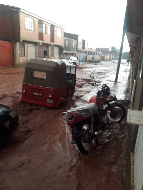 Schwere Regenfälle zu Weihnachten in den Bergen Boliviens. Foto: die Straßen von Tupiza Bolivien