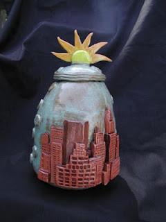 New York Urn, Skyline Urn, Sun Urn