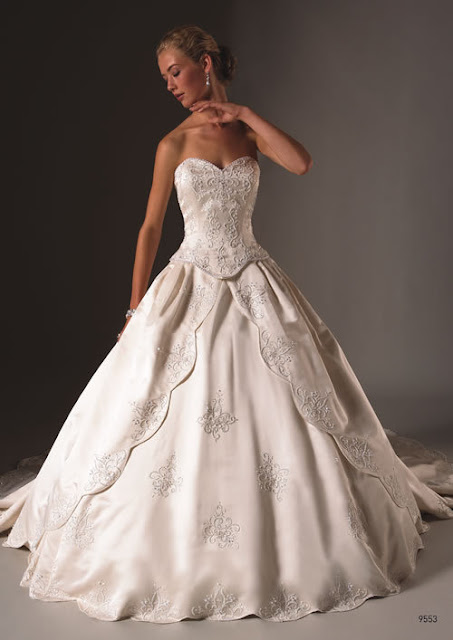 Elegant Wedding Dresses  Hairstyles And Fashion