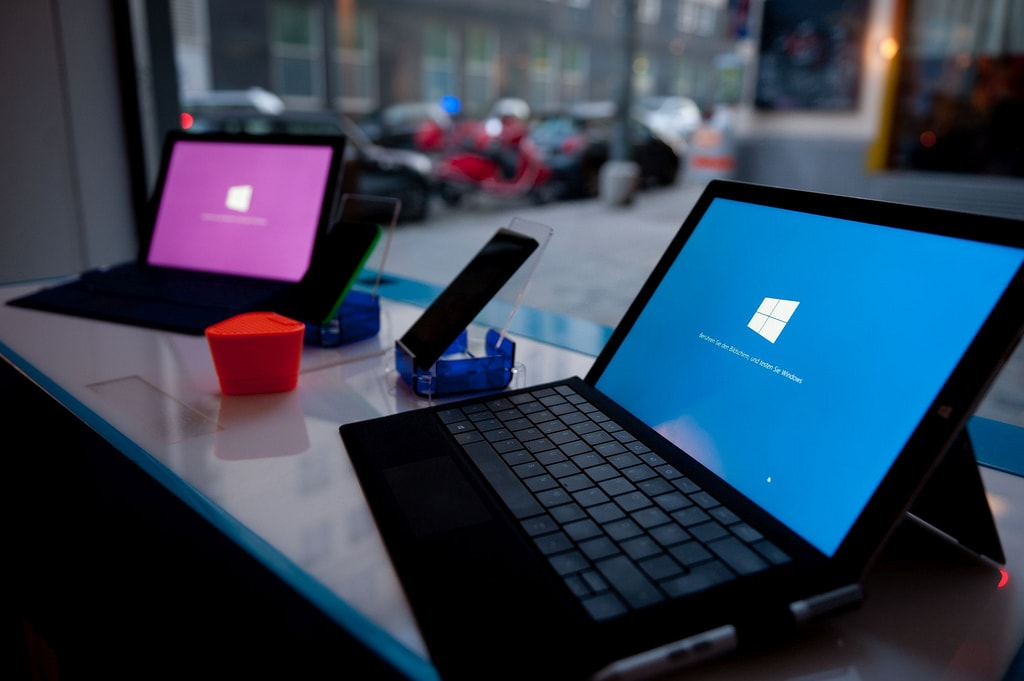 Microsoft To Be Working On 'Lite' Version Of Windows 10
