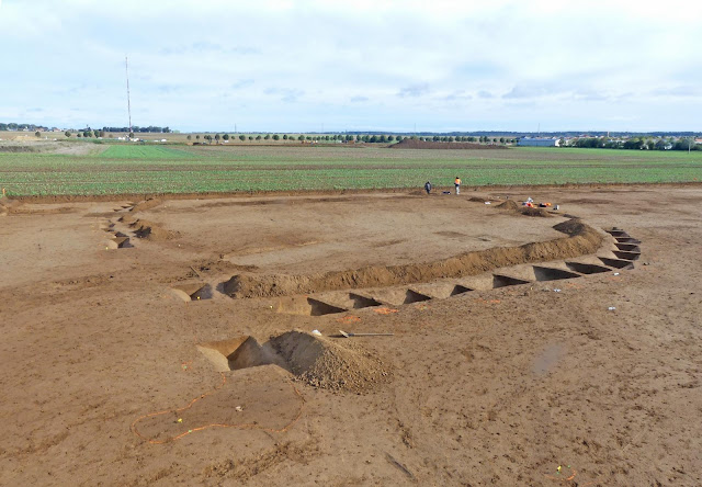 Exceptional princely tomb from Early Bronze Age discovered in Calvados, Normandy