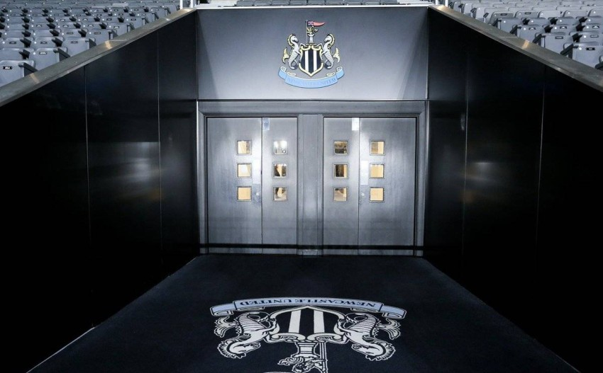 Officially, the Saudi Investment Fund acquires Newcastle The English Premier League announced, on Thursday, the transfer of ownership of the English club Newcastle United to the Saudi Public Investment Fund, in a deal estimated at 305 million pounds.