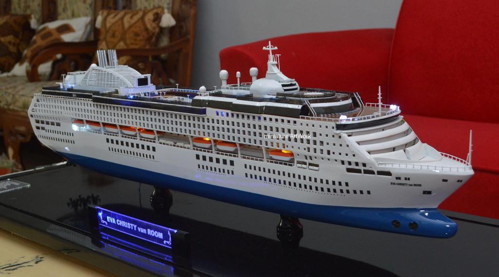 miniatur kapal pesiar sun princess cruises ship pacific world planet kapal rumpun artwork temanggung