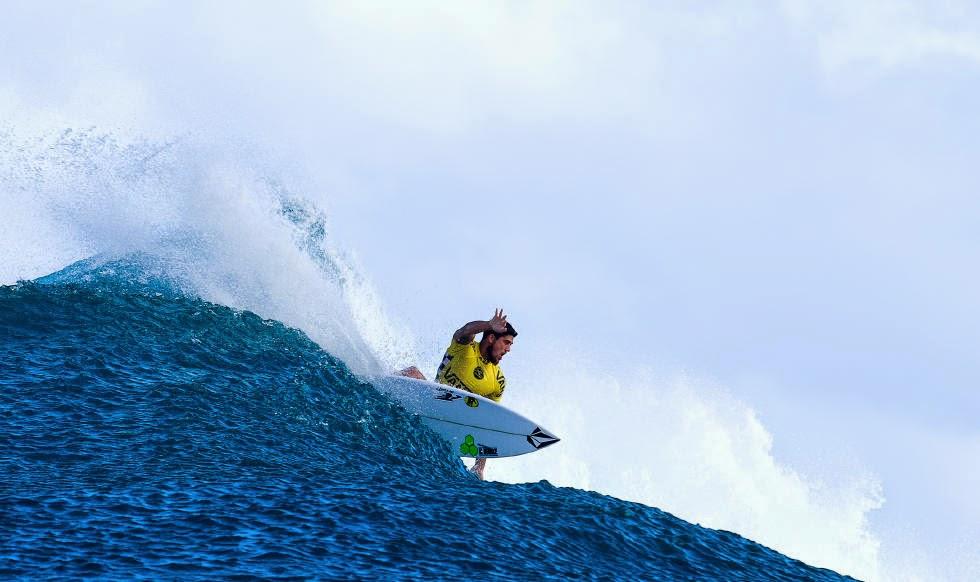 24 Vans World Cup of Sufing 2014 Ezekiel Lau Foto ASP
