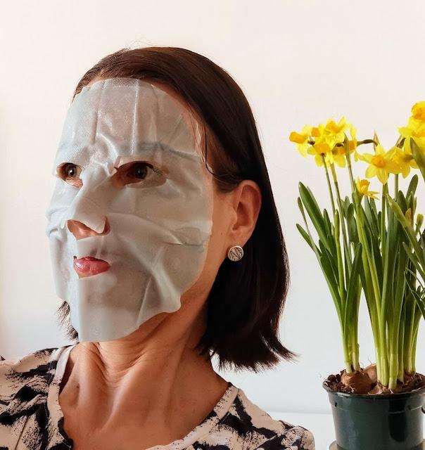 Kokeile Garnier Skinactive Tissue Mask Moisture Bomb