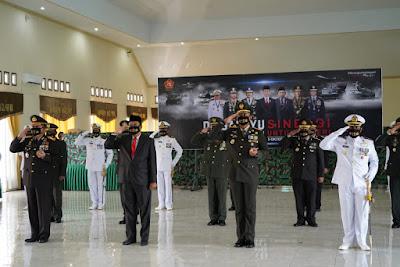 HUT TNI Ke-75, Danrem 162/WB : TNI Harus Semakin Profesional, Militan Dan Mampu Menjadi Tauladan