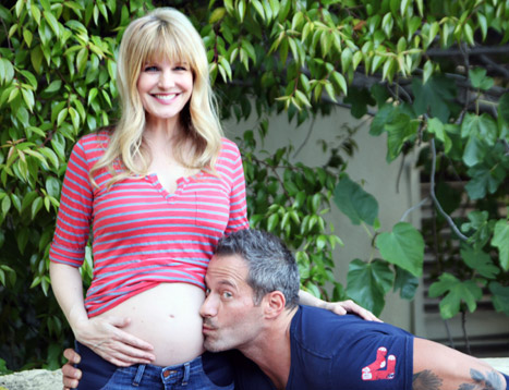 Kathryn Morris pregnant with twins