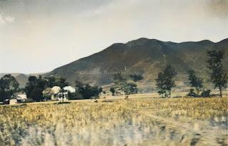 penampakan gunung di balige