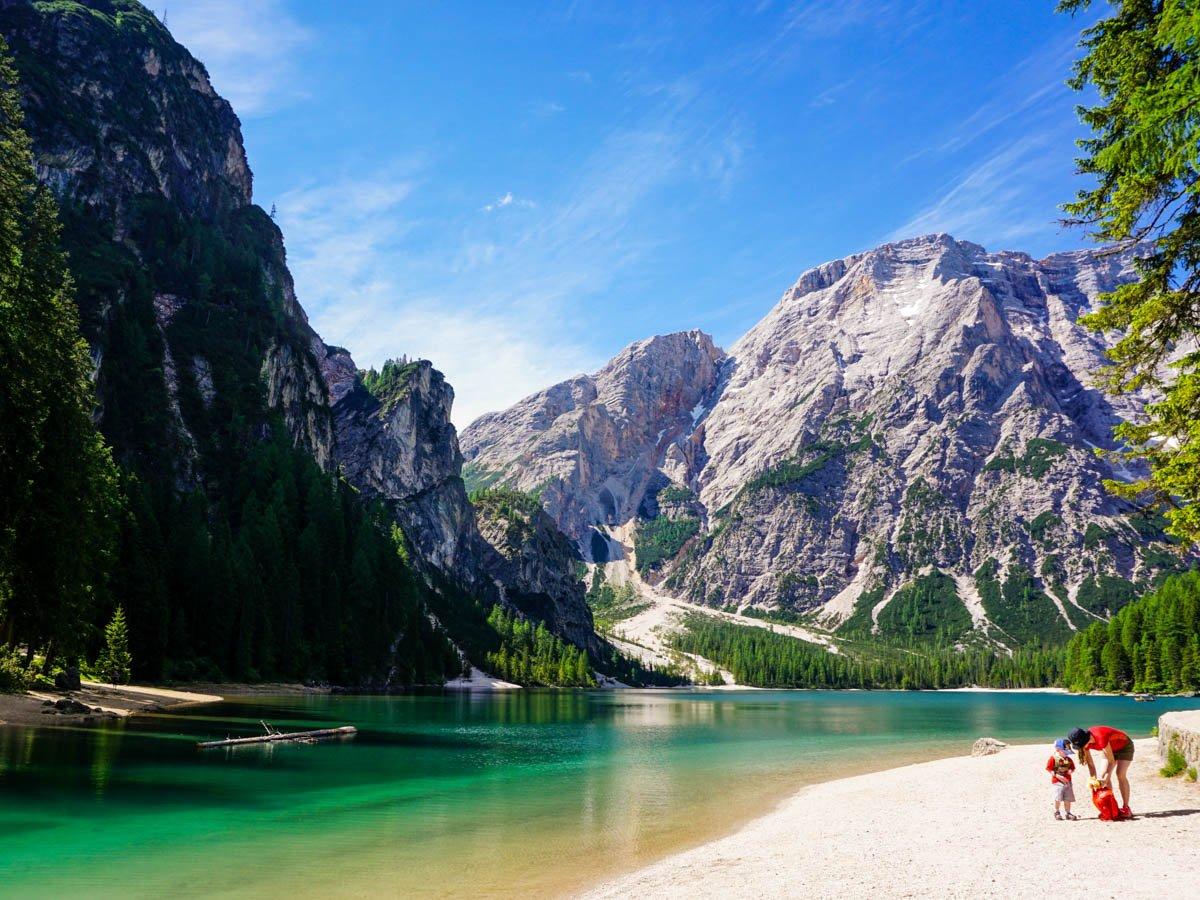 Лаго ди Брайес, доломитовые альпы в Италии