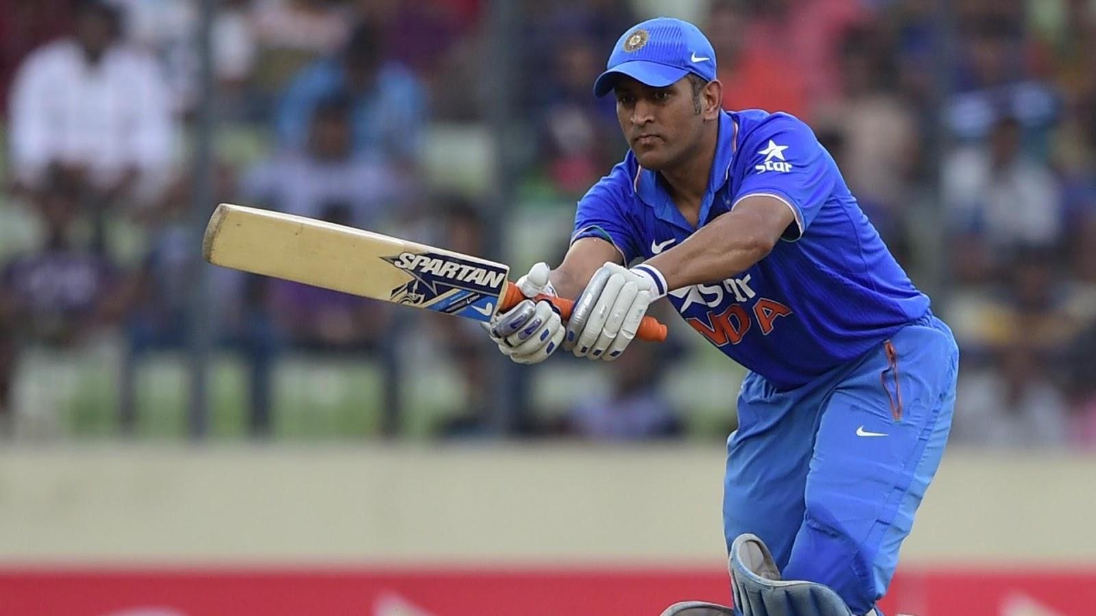 भारत बनाम इंग्लैंड: टी20 इंटरनैशनल में 50 कैच लपकने वाले पहले विकेटकीपर बने धोनी - The Great Dhoni
