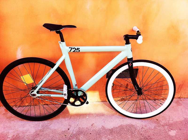 Desain Sepeda Fixie Modern Putih | Desain Rancangan Sepeda