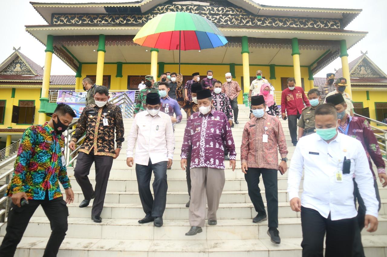 Bupati Tanjabbar dan Wagub Jambi Tinjau Persiapan Pelaksanaan MTQ Ke-50 Tingkat Provinsi