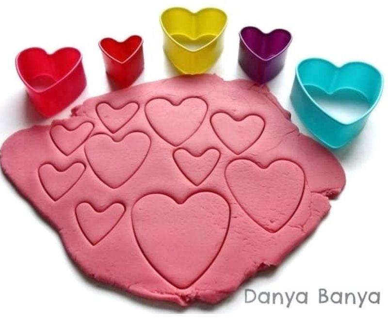 rose scented playdough recipe