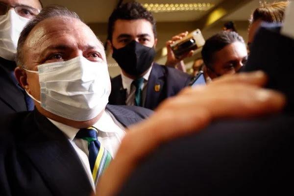 Ex-ministro passa mal, CPI da Covid é suspensa e será retomada nesta 5ª