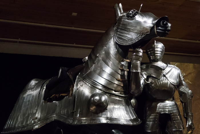 Heavy Metal Hämeen Linna hevosen haarniska