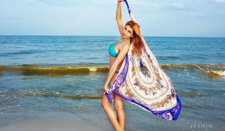 Araya Model GlamourCams